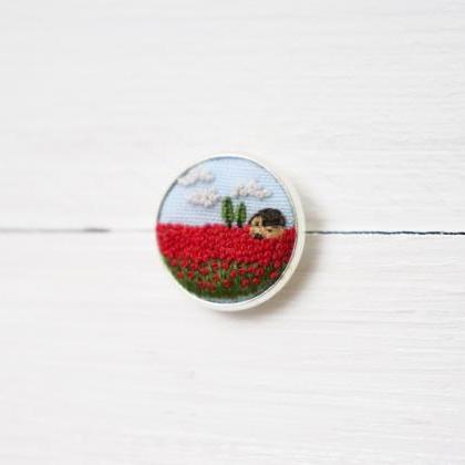 Miniature embroidery pin Poppy broo..