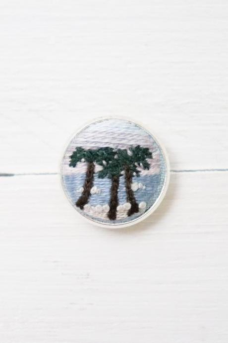 Miniature embroidery pin Palm brooch Palm pin Embroidery pin Hand embroidery Embroidered pin Palm collar pin Beach pin Sunrise pin
