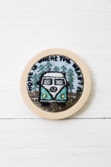 Miniature embroidery pin Travel bus brooch Travel bus pin Embroidery brooch Hand embroidery Embroidered pin Embroidered brooch
